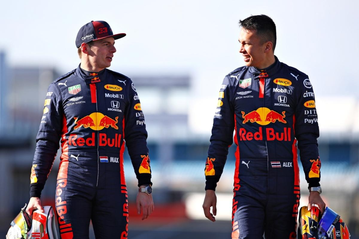 Max Verstappen i Alexander Albon - Aston Martin Red Bull Racng / © Getty Images / Red Bull Content Pool